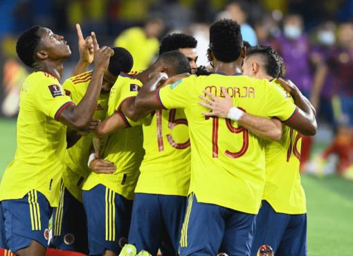 Esta sería la alineación titular del partido de Colombia frente a Uruguay