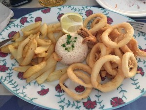 Plato de calamares fritos