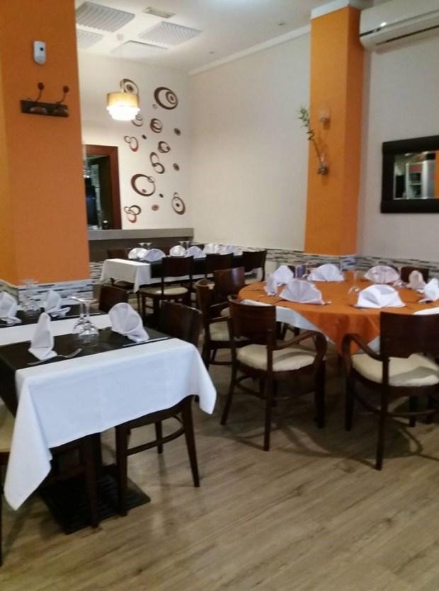 Salón restaurante De Cuchillo y tenedor