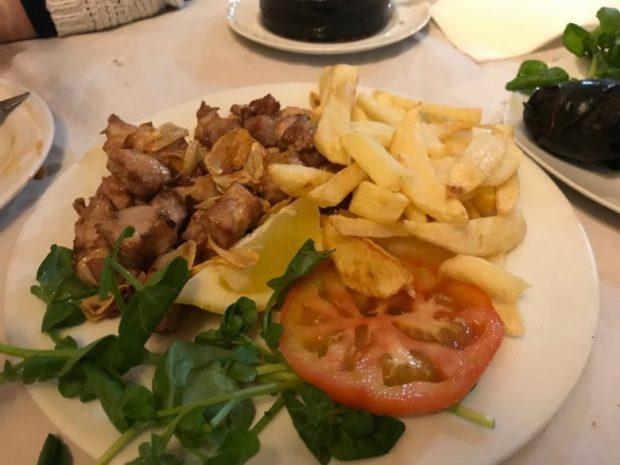 Cerdo frito Grill La Cruz