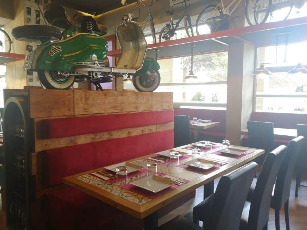 Moto interior Little Italy Las Palmas