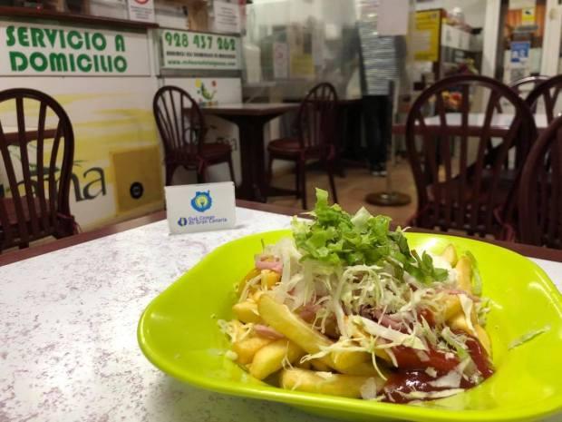 plato de papas la iguana las mesas