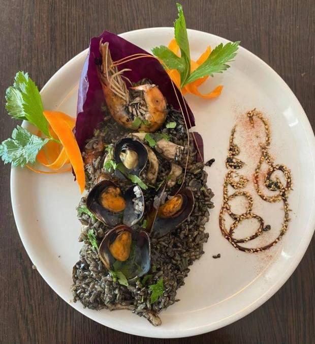 arroz negro fruta di mare i parioli