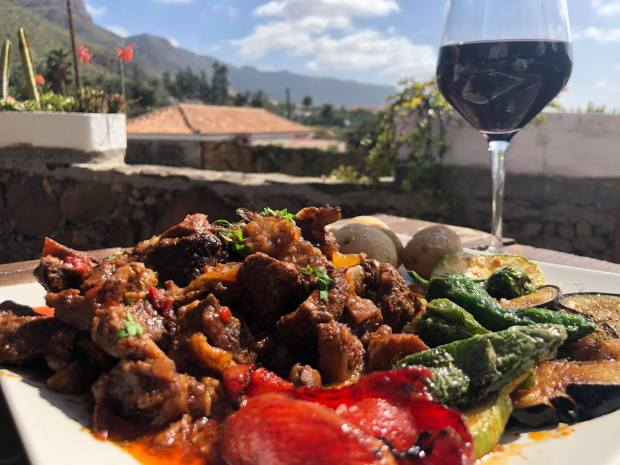 carne-de-cabra-restaurante-el-albaricoque