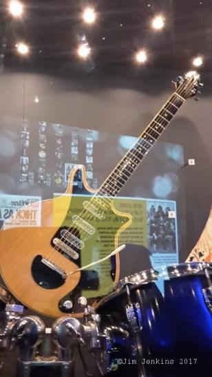 Kopia Red Special Johna Bircha używana w teledyskach czy jako gitara zapasowa do 1982 r. - foto Jim Jenkins