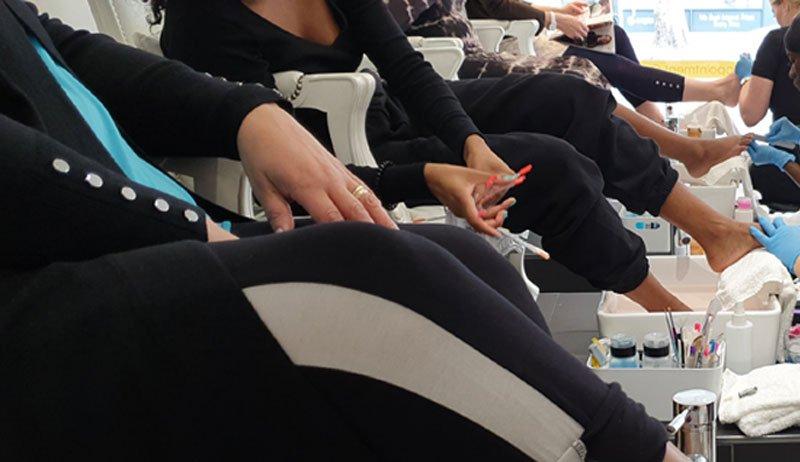 queen b luxury pedicures in Croydon