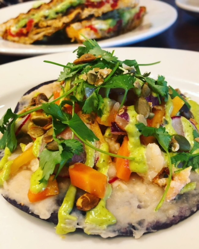 cafe-nordstrom-lobster-tostada