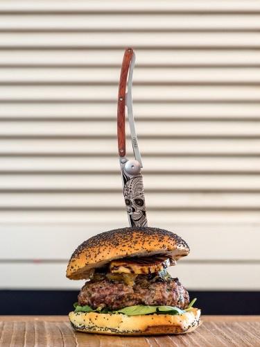 hamburguesa-gourmet-cerveza-artessana-madrid-queen-burger-gourmet