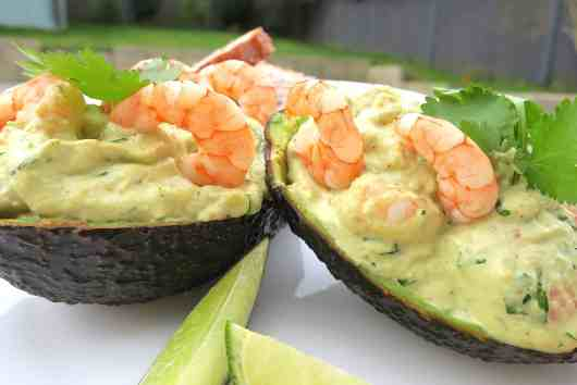 keto avocado boats with prawns in lime & ginger mayonnaise