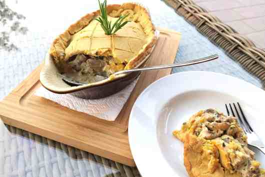 keto low carb chicken & mushroom pie