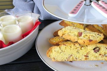 Keto Lemon Posset with Italian Cantucci Biscotti