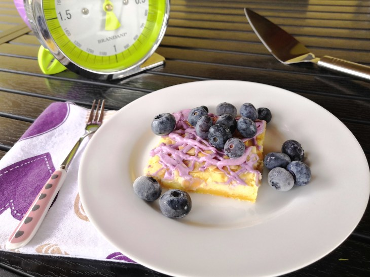 Keto Low Carb Blueberry Vanilla Cheese Danish
