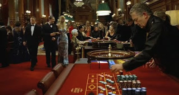casino_royale_tables.jpg