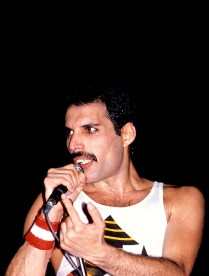 hot-space-tour-freddie