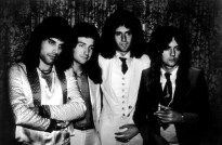queen-in-70s-072