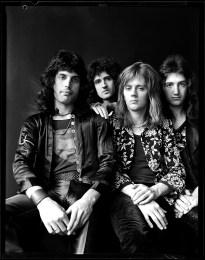 queen-photographed-by-johnny-dewe-matthews-1974-003