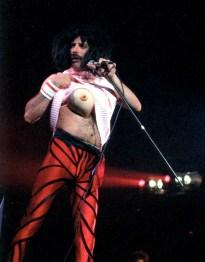 Freddie - I Want To Break Free live in Japan 1985
