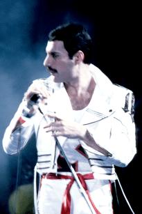 Freddie live in 1982
