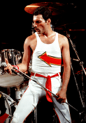 Freddie Mercury live in 1982 - Hot Space Tour