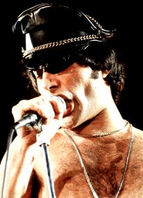Freddie in 1979 - live