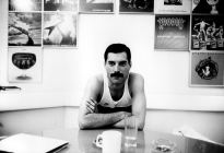 Freddie Mercury in Musicland Studios in Munich, 1985