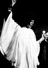 Freddie on stage in 1974