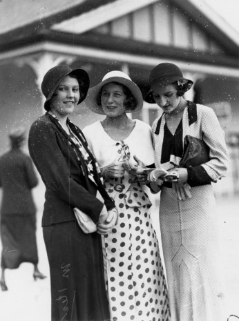 Miss M. Kearney Miss Rene Gillon and Mrs Jack Healy at Ascot races Brisbane October 1932