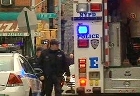 Escena del dobre asesinato de policías en Brooklyn.