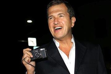 Mario Testino, Peruvian photographer. Photo BBC