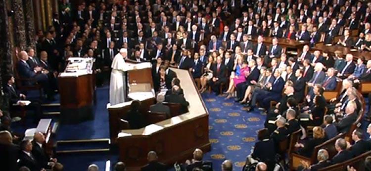 El Papa Francisco se convirtió en el primero en hablar ante el pleno del Congreso en los Estados Unidos.