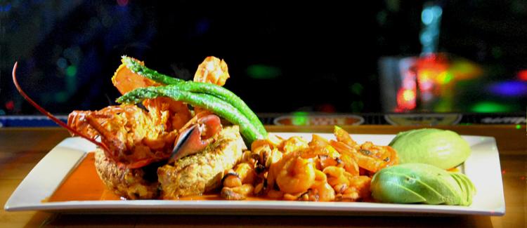 El delicioso plato Siete Mares Fongo.