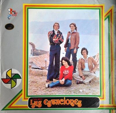 Carátula del disco de Las estaciones, integrado por los cuatro hermanos Prada y María está vestida de rojo, cuando tenía 16 años. Foto cortesía