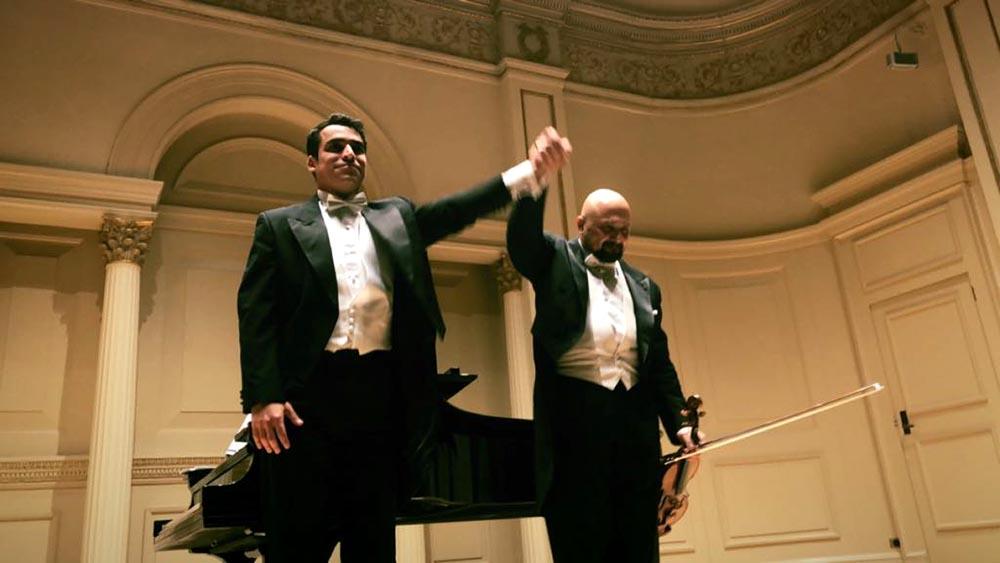 Los artistas Jorge Saade-Scaff y Juan Carlos Escudero fueron aplaudidos en el Carmegie Hall de Manhattan.