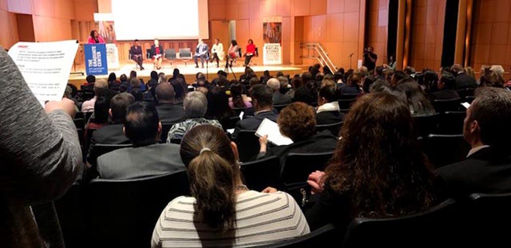 El evento se realizó en el Graduate Center de CUNY y contó con la participación de políticos, profesores y activistas comunitarios.