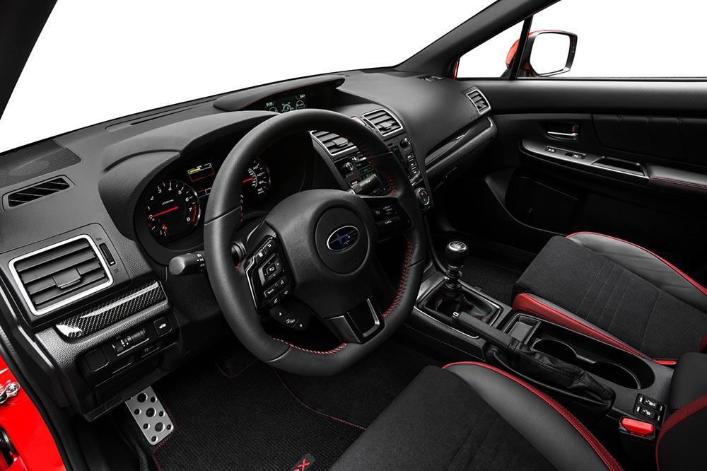 En su interior el Subaru WRX es cómodo y funcional.