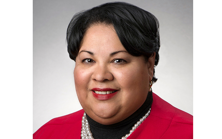 Secretaria Rossana Rosado: cuidado con las estafas de inmigración