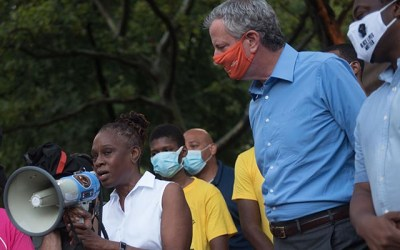 Retenes en NYC para frenar pandemia y cumplir cuarentena
