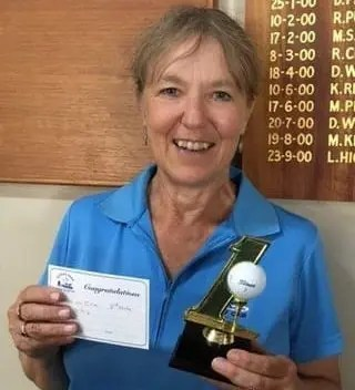Di Liley – A Hole In 1!