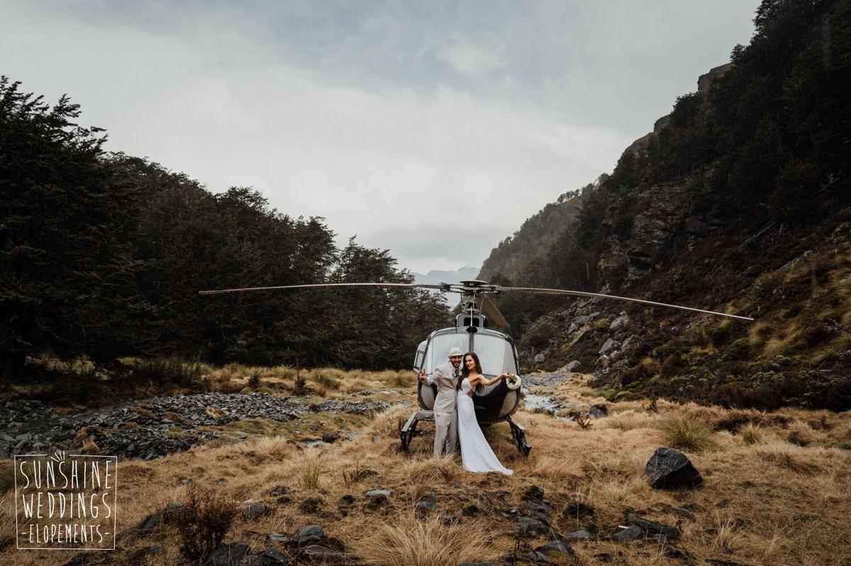helicopter queenstown elopement