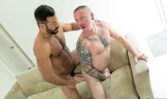 Max Cameron takes Vinnie Stefano' raw cock at Bareback That Hole