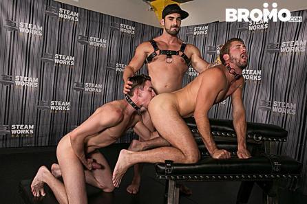 Bromo_TheSteamRoomPart2_1E7A0770