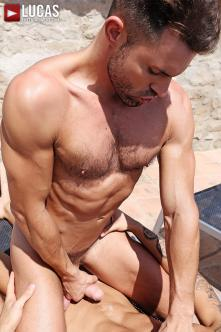 BLA05_04_James_Castle_Alejandro_Torres_06