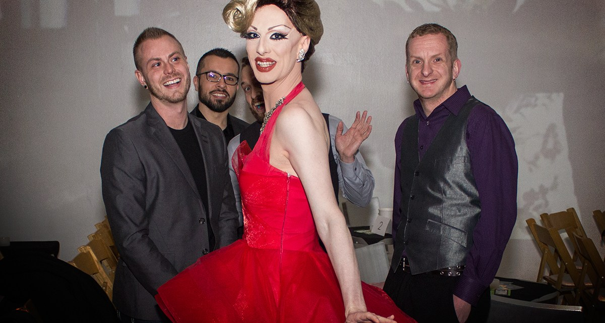 The Dazzling Robbie Turner Review Returns For The Holidays