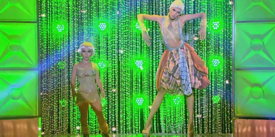 Naomi and Jazzy Smalls take scarecrow fashion to the next level.