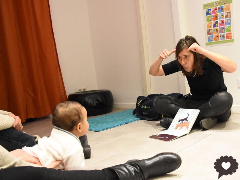 Signe avec bébé à Marseille avec Anne