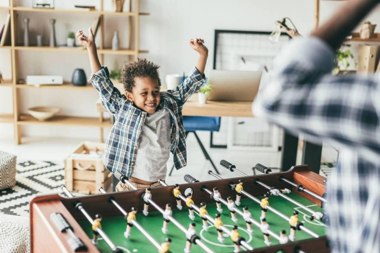 Babyfoot: le jeu multigénérationnel adapté aux enfants