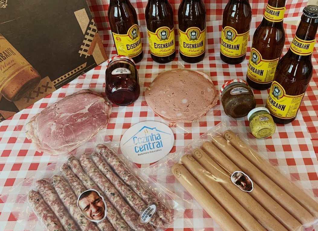 Eisenbahn e chefs Rueda fazem parceria para kits