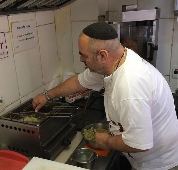 Morre o fundador da lanchonete judaica Pinati (SP)