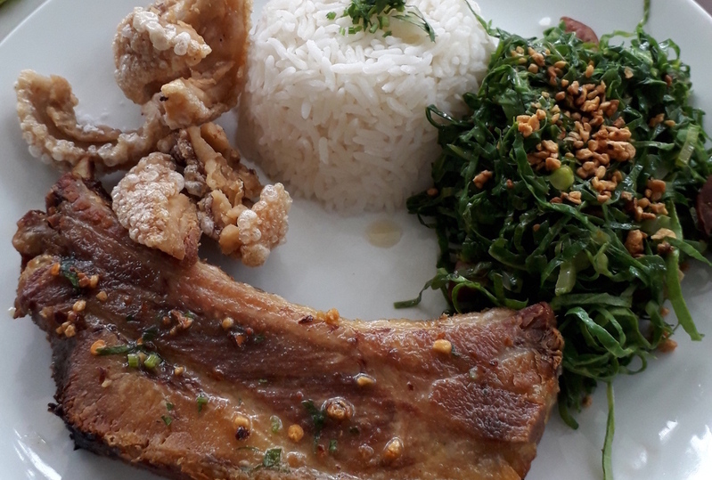 Luiz Gonzaga serve boa comida ítalo-caipira a 70 km de SP
