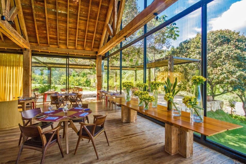 Restaurante do hotel Botanique volta a receber público
